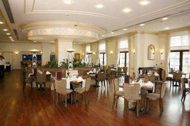 Rocks Hotel & Casino / Uygun otel